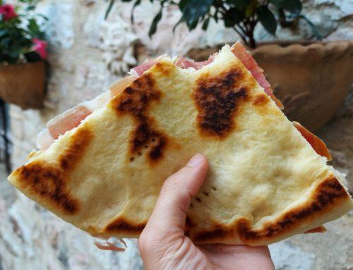 TORTA AL TESTO UMBRA: RICETTA SEGRETA